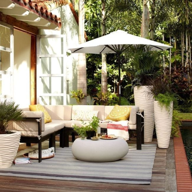 Opciones para decorar la terraza y exteriores durante el verano