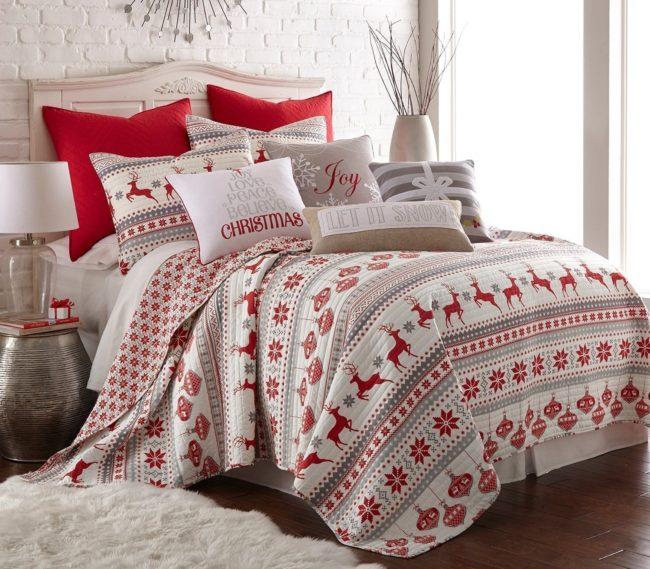 set de cama para decorar la habitación en navidad